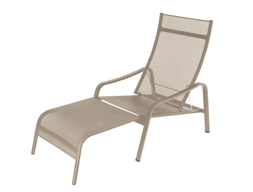 Les Chaises Longues Fermob Bord De Piscine Chaise Bureau Mobilier De Salon Chaise D Exterieur