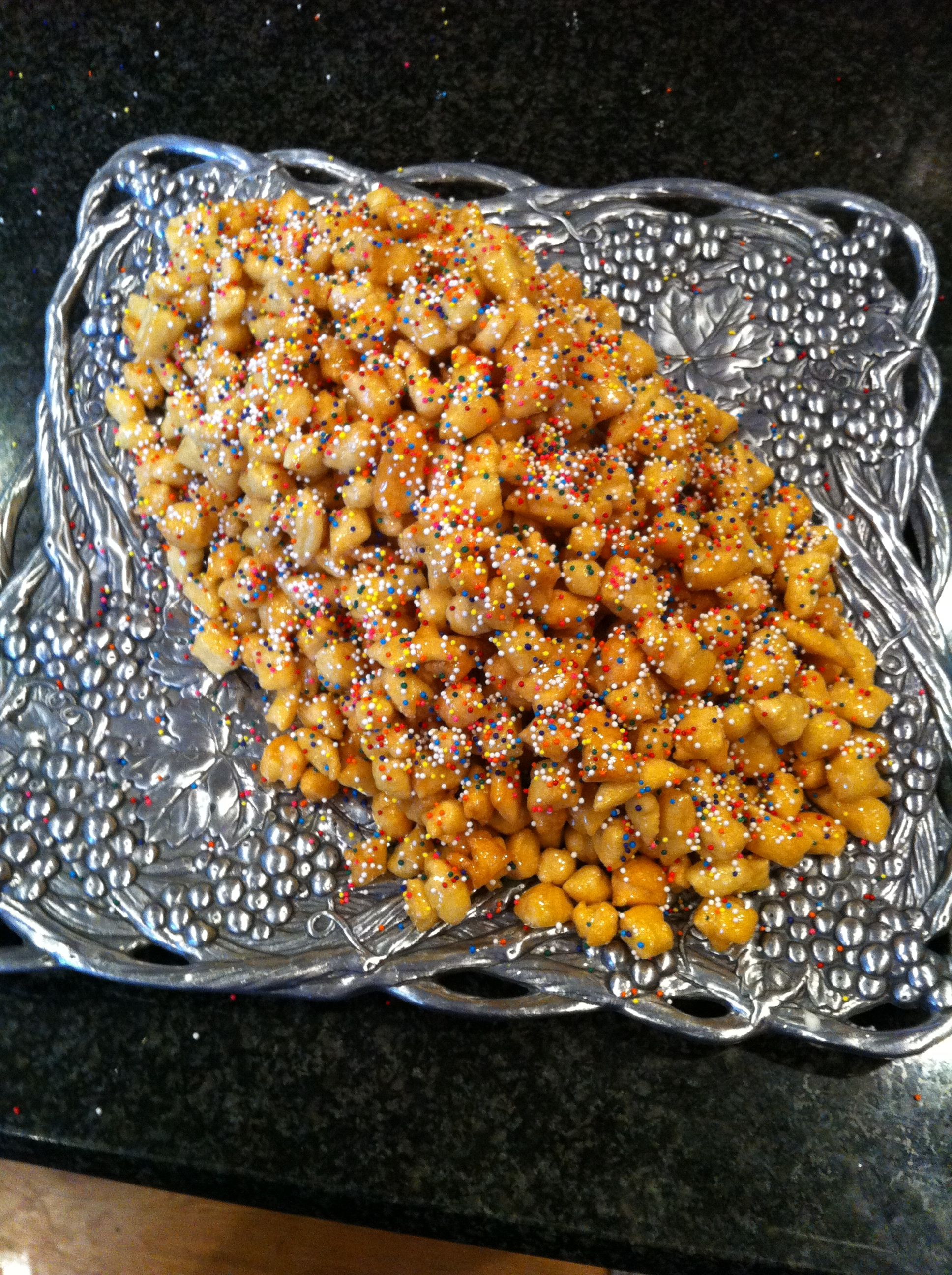 Struffoli! Easter tradition but so yum any time!   Easter Ideas ...