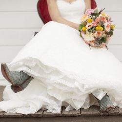 A perfect example of what the perfectly beautiful country, rustic wedding should look like!