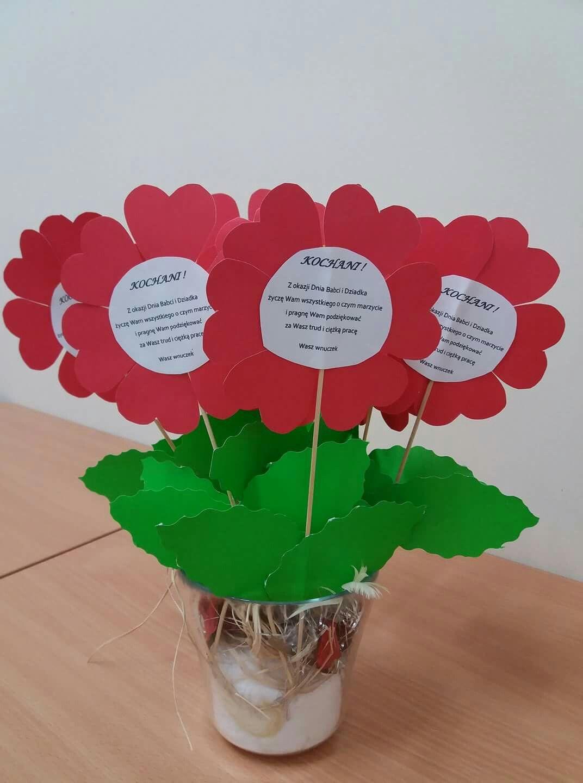 Pin By Aleksandra Nogalska On Prezenty Diy Mother S Day Crafts Flower Crafts Kids Valentine Crafts For Kids