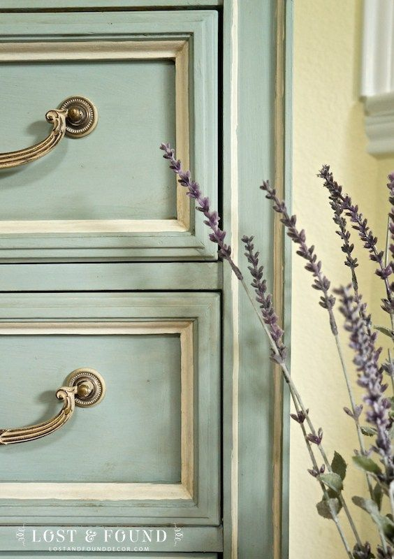One Day Painting with Chalk Paint Makeover   Lost & Found