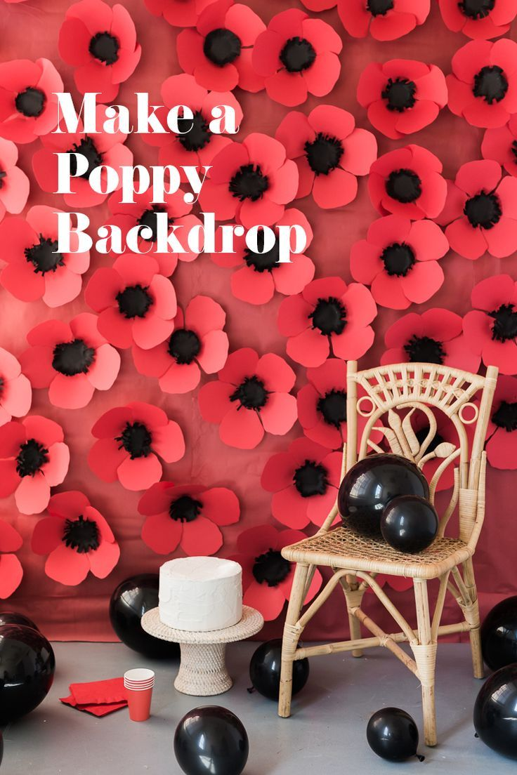 DIY Paper Poppy Backdrop #decorationevent