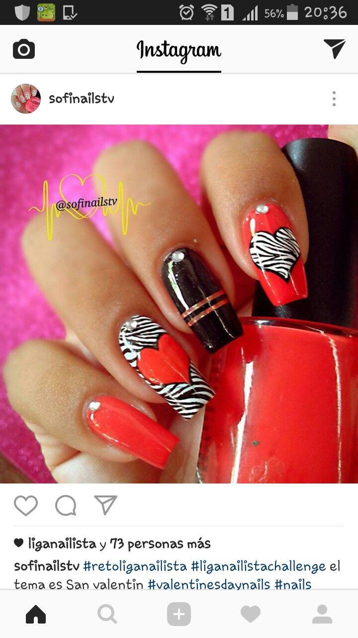 uñas rojas negras y corazón