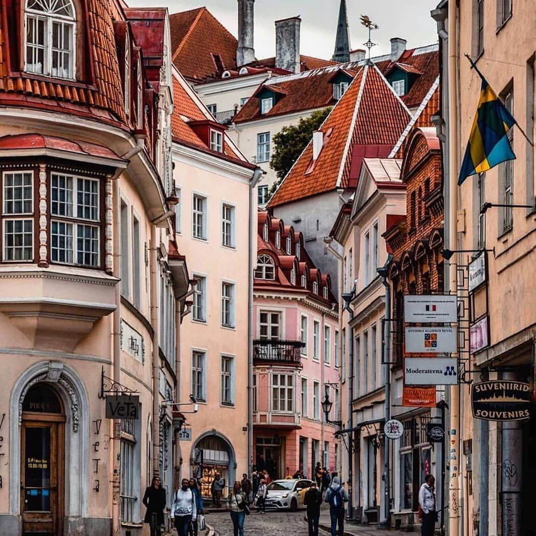 Ifoulkiworld On Instagram Tallinn Estonia Rale P Follow Us Ifoulkiworld Incredibledestinations Best In 2020 Estonia Travel Travel Abroad Travel