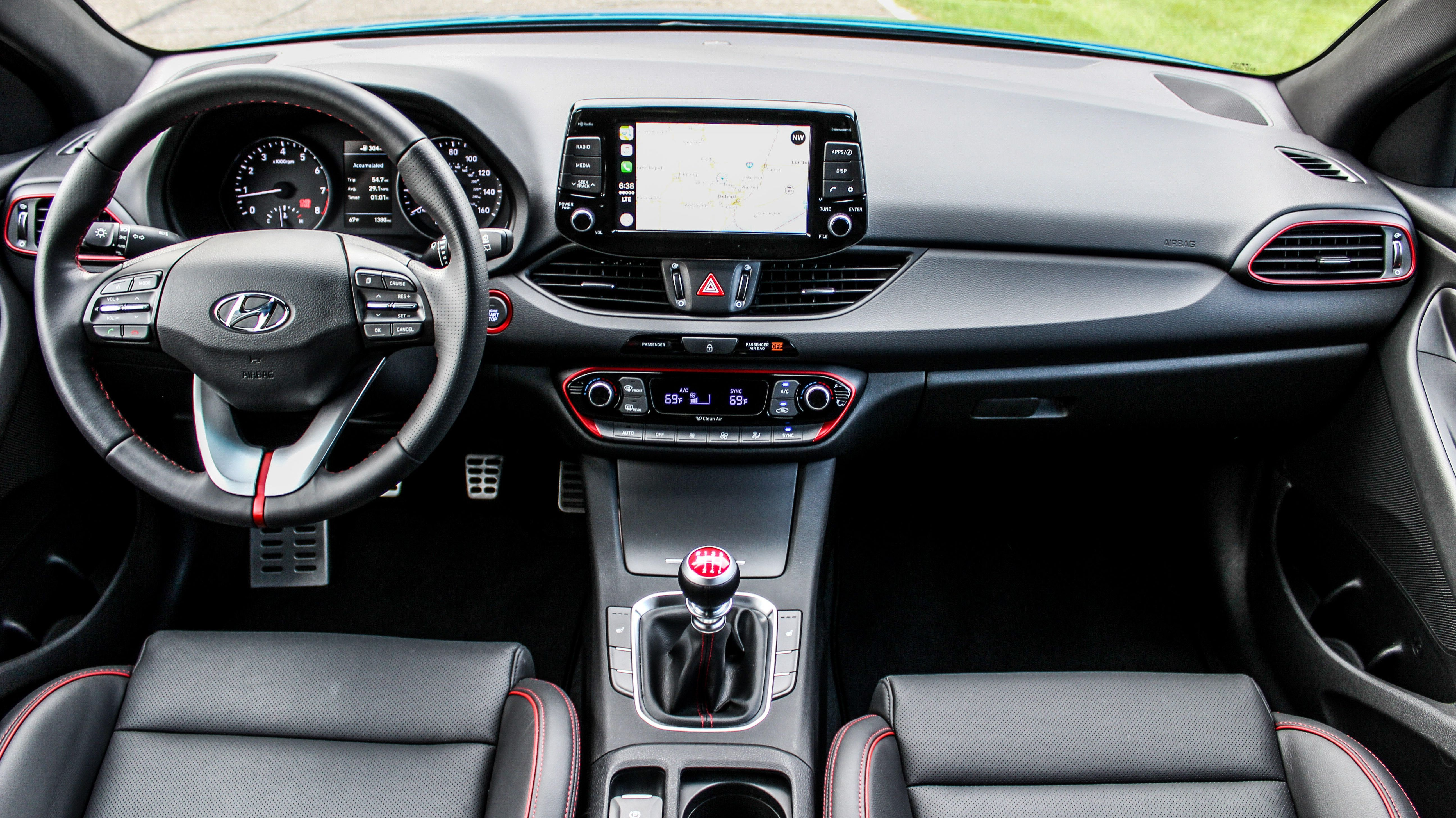 2018 Hyundai Elantra Gt Hot Ish Hatch Is Seriously Well Rounded Hyundai Elantra Elantra All Sports Cars