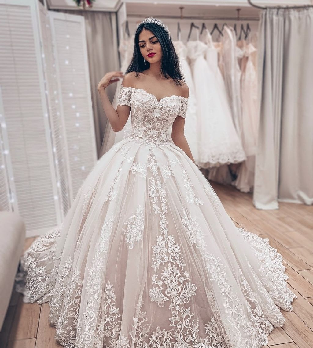 Luxus Brautkleider Prinzessin  Spitze Hochzeitskleider Online