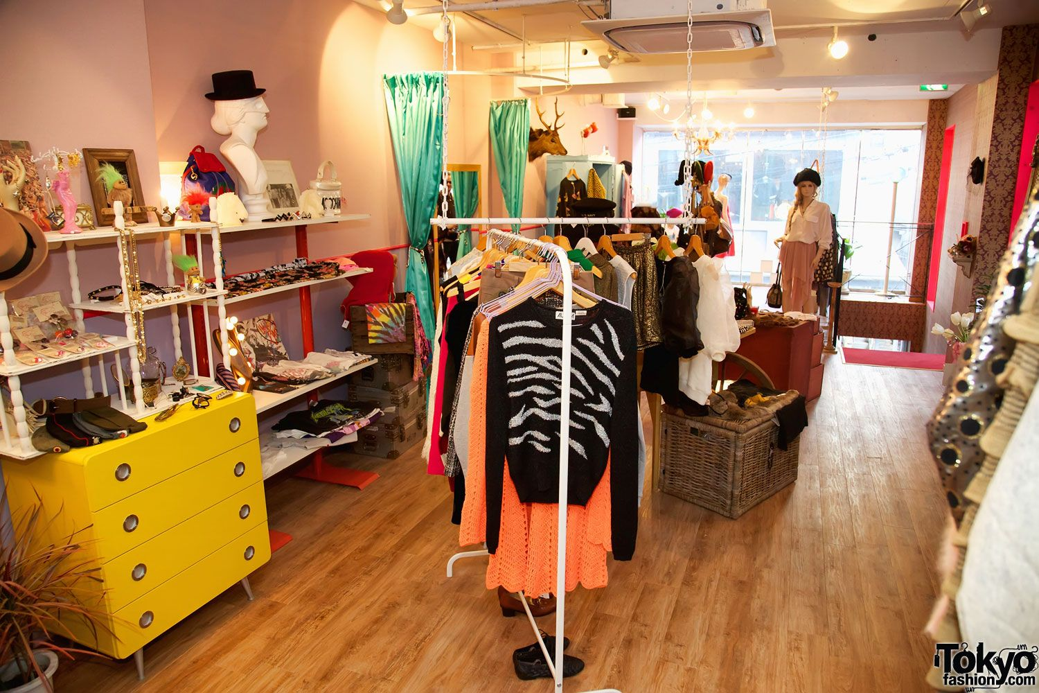 Small boutique interior design ideas number of handmade and indie fashions from young japanese designers