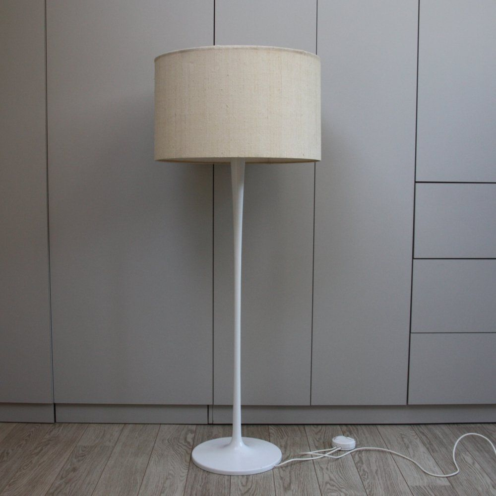 For sale: Staff Floorlamp with white tulip foot, Germany 1960's