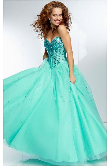 Pretty Sleeveless Dropped Ball Gown Floor-length ...