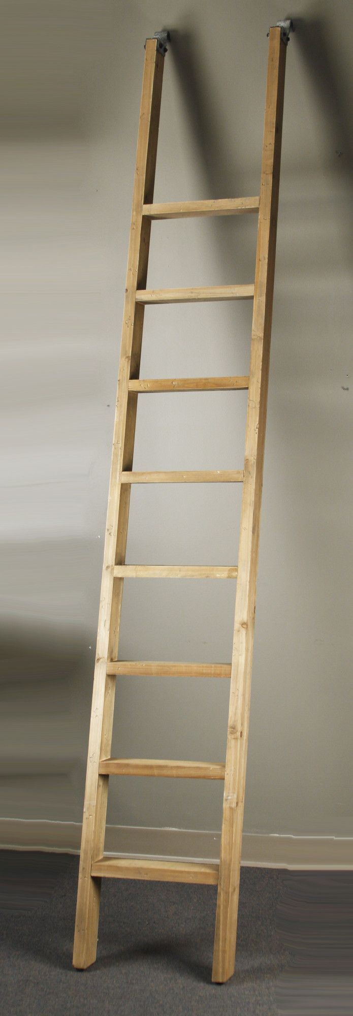 Zentique Inc Velma 9 Ft Recycled Pine Wood Straight Ladder Seni Pertamanan