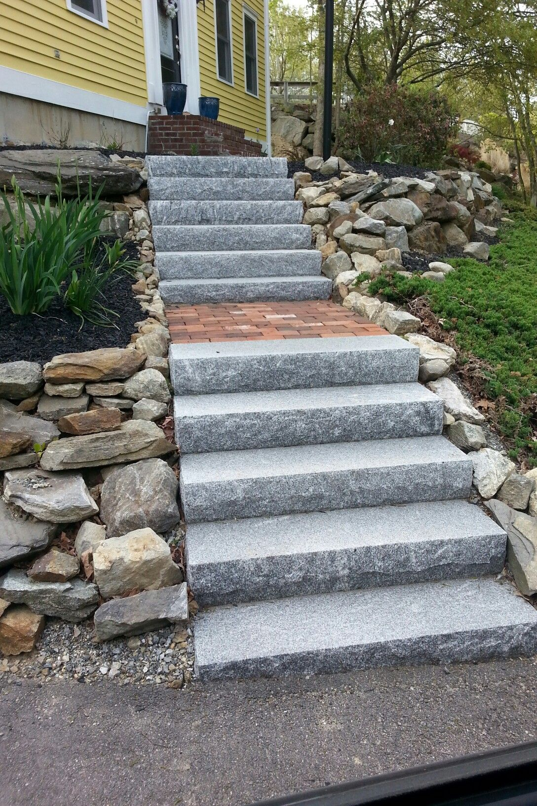 Best Salt Pepper Granite Steps W Red Brick Inlay Garden 400 x 300