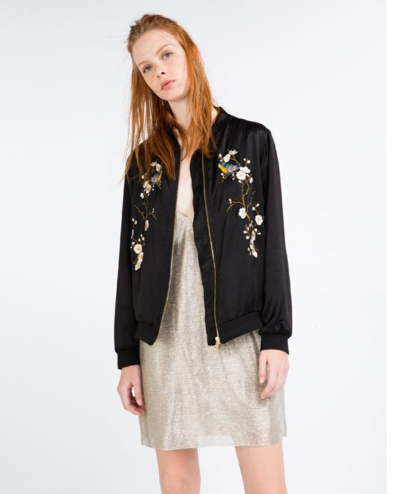 image 1 de blouson bomber brod fleurs de zara bomber femme pinterest bombee blouson et. Black Bedroom Furniture Sets. Home Design Ideas