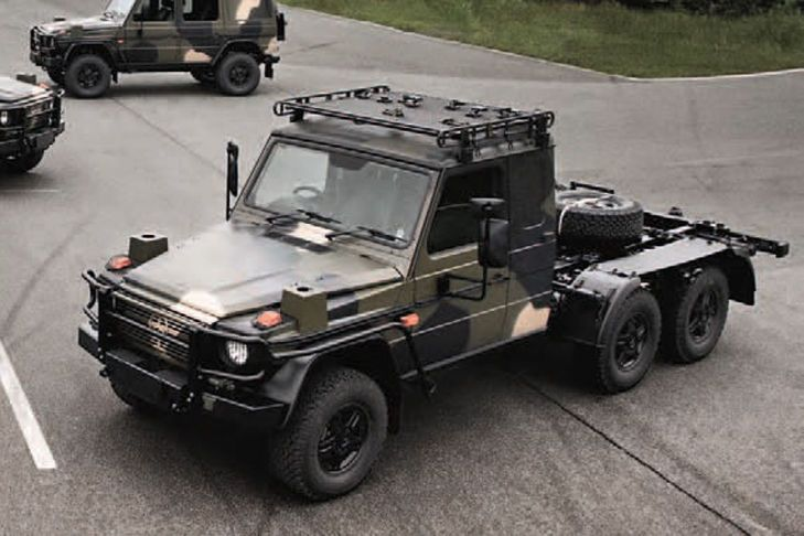 Mercedes-Benz G63 AMG 6x6 Pickup - heres the australian military's version of the 6x6
