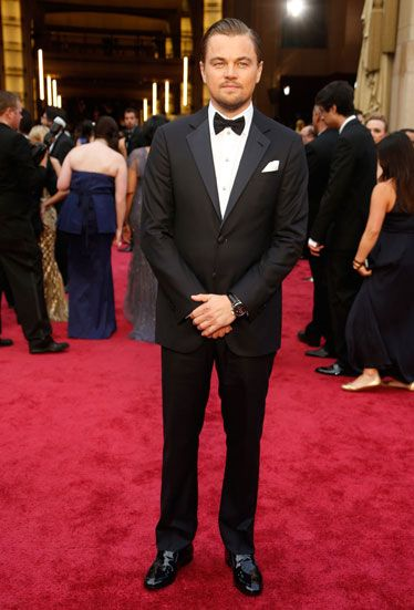 103418cb35c4 Leonardo DiCaprio in a Giorgio Armani Made to Measure midnight blue wool  two button tuxedo with
