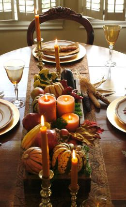 Since we are hosting Thanksgiving this year, I'm gonna need to keep these centerpieces in mind.