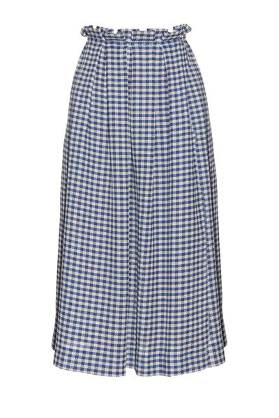 Forget pared-down tops and plain basics because gingham is always a cool-girl go-to