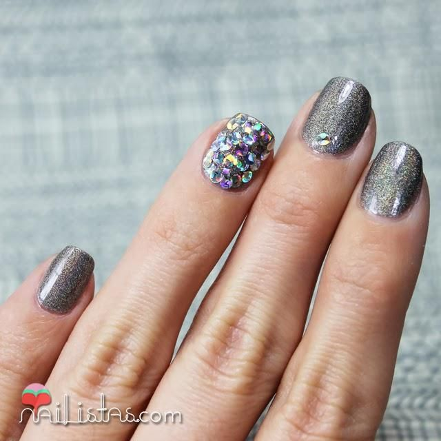 10 Ideas De Manicura Para Decorar Tus Unas En Nochevieja Nail Art Nails Beauty