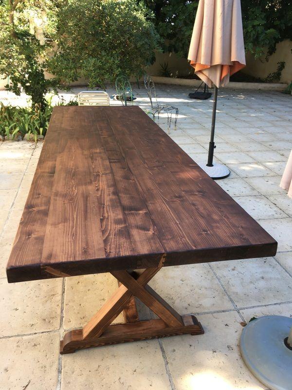 Grande Table Exterieure Sur Mesure En Bois Massif Pieds X Charpente Table Exterieur Bois Table Exterieur Salle A Manger Industrielle