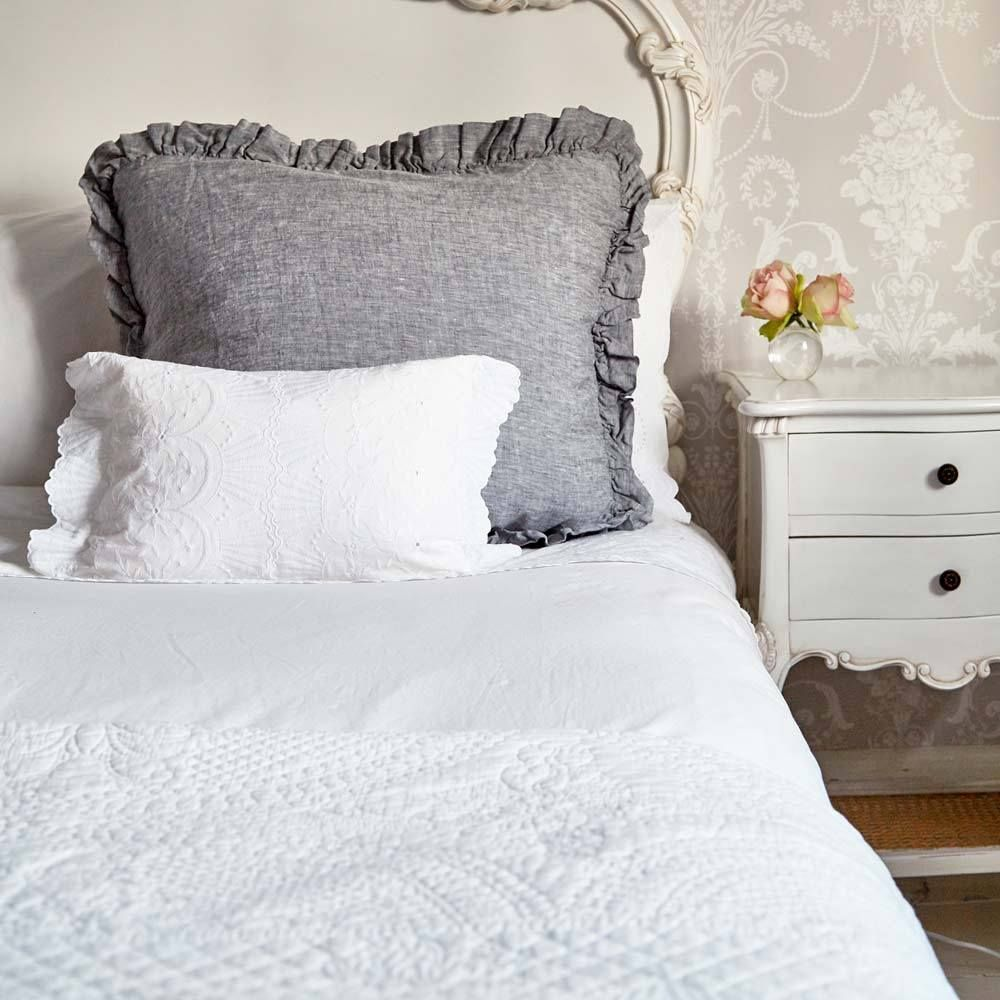 Colette White Quilted Bedspread White Bedspreads Luxury Bedspreads Bed Spreads
