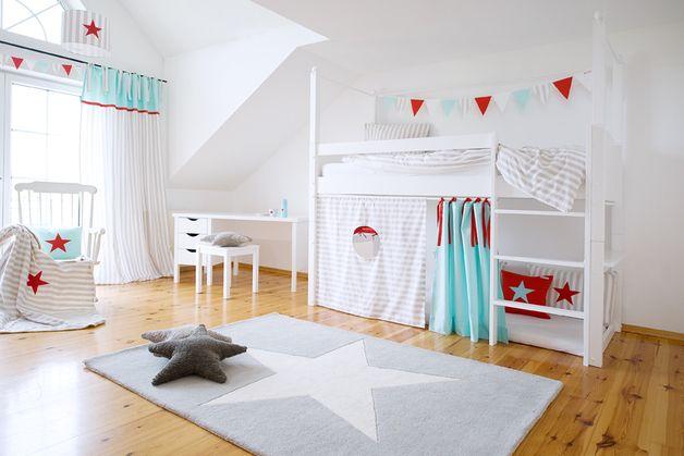 wundersch n zeitlos und immer passend f r ein sch nes kinderzimmer sind diese hochbettvorh nge. Black Bedroom Furniture Sets. Home Design Ideas