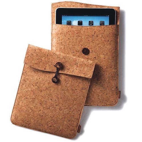 'iPad Travel Case' aus Kork - S.W.W.S.W.