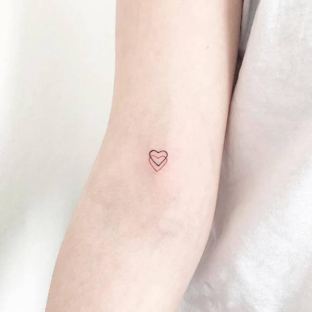 ไอเด ยรอยส กเล กๆ สวยๆ แต ความหมายย งใหญ สไตล ม น มอล Ig Ceydakoc Subtle Tattoos Tiny Heart Tattoos Tattoos