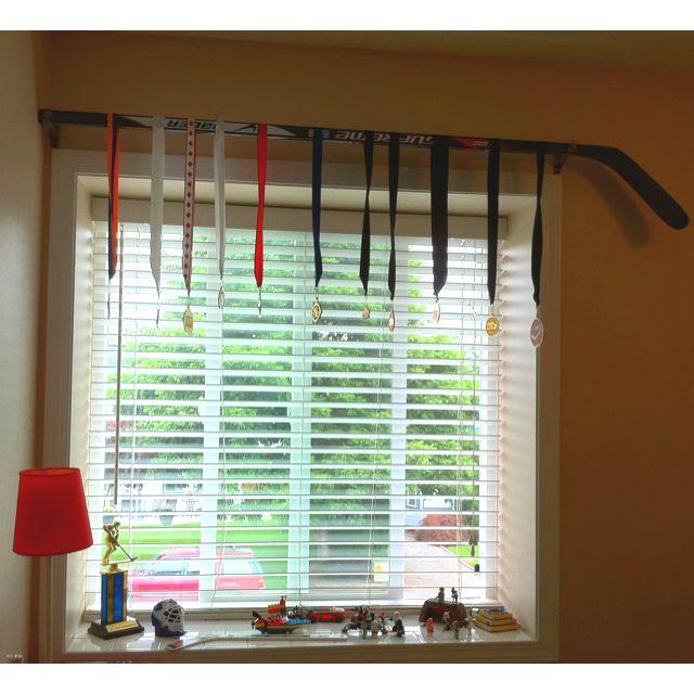 Idea For Sports Medals Hockey Stick Medal Hanger Baseball Themed Bedroom Hockey Decor Hockey Stick Furniture