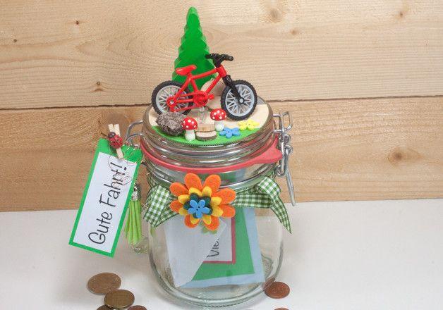 geschenkglas mit einem roten fahrrad tolles glas zum. Black Bedroom Furniture Sets. Home Design Ideas
