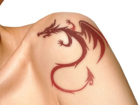 Woman With Dragon Tattoo On Shoulder Dragon Tattoo For Women Back Tattoo Women Tattoos For Guys