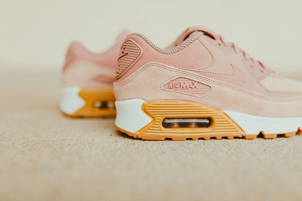 This Nike Air Max 90 Comes Covered In Particle Pink  69ee6bf15