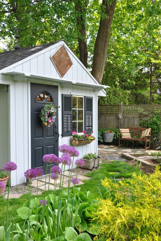 10 ideas to style your garden shed cottage style gardens and rh pinterest co uk cottage style sheds with porches cottage style sheds images