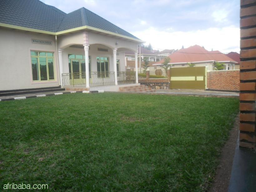 Une maison neuve à vendre à Kigali - Kibagabaga - 85 000 000 RWF - tva construction maison neuve