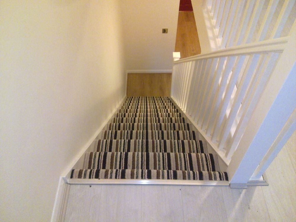 Best Wood Floors With Carpeted Stairs Google Search Stair 400 x 300