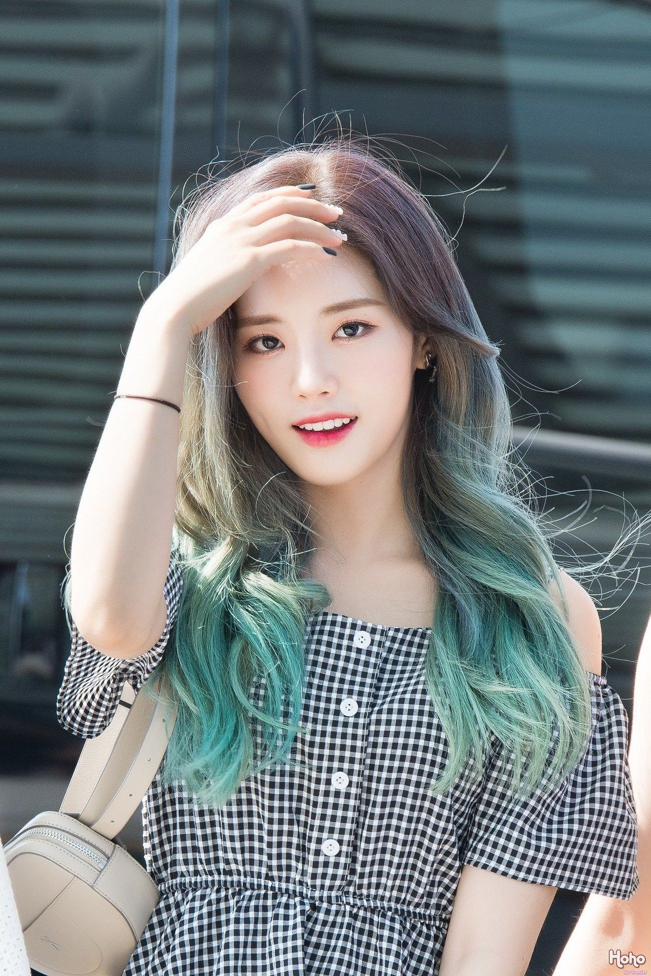 fromis_9 parkjiwon jiwon Kpop hair color, Kpop hair