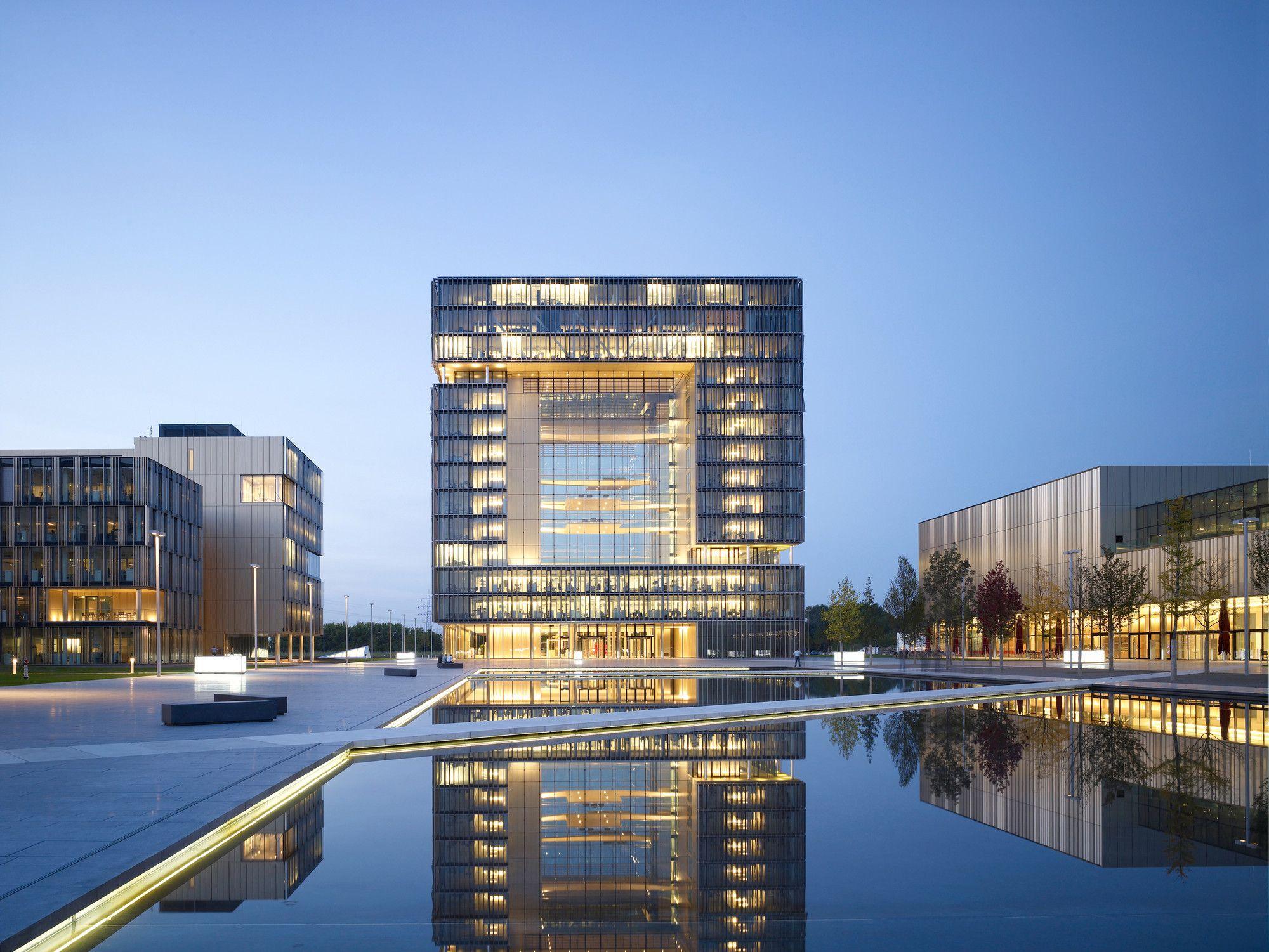 Construído pelo JSWD Architekten,Chaix & Morel et Associés na Essen, Germany…