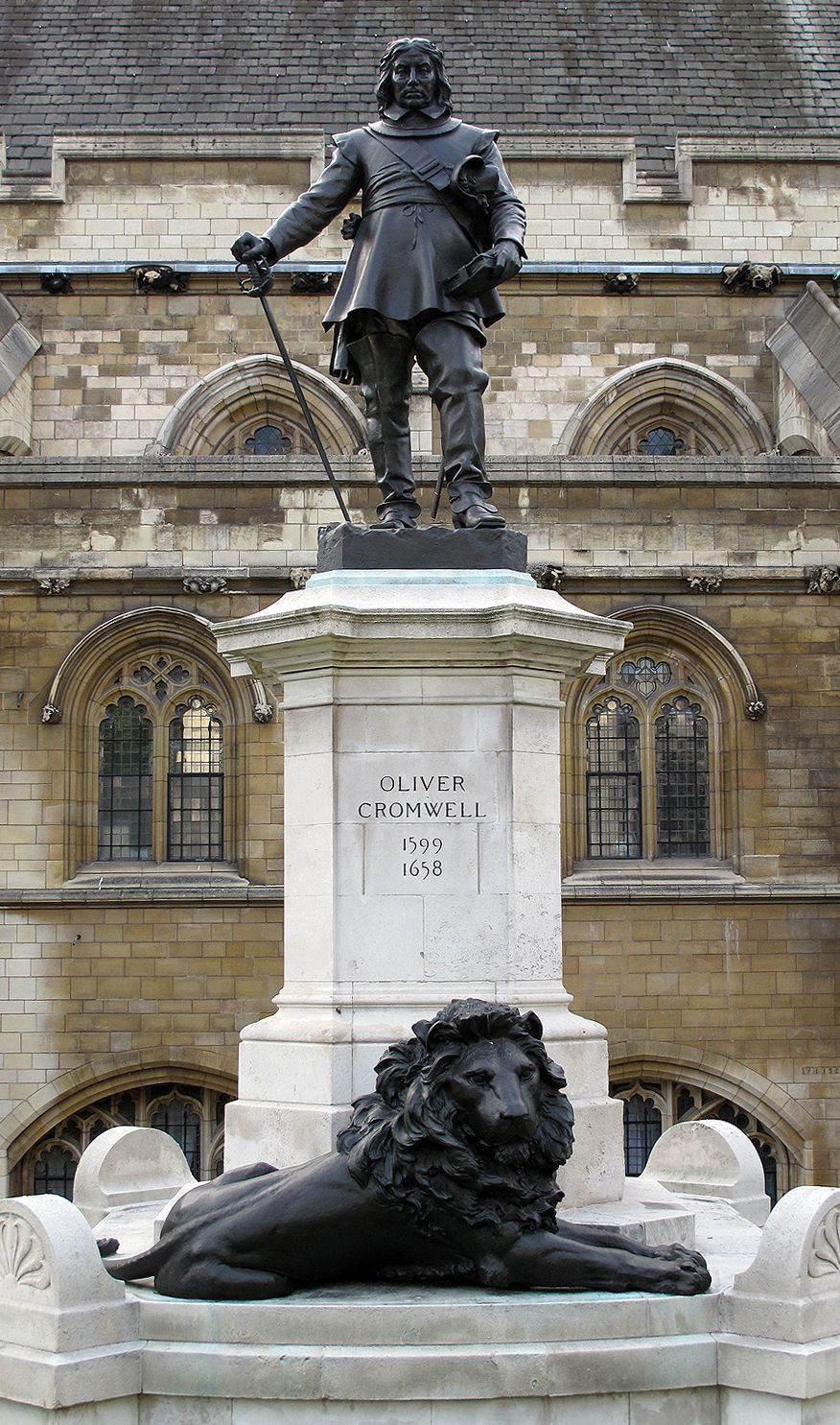 Statue of Oliver Cromwell outside the UK House of Commons