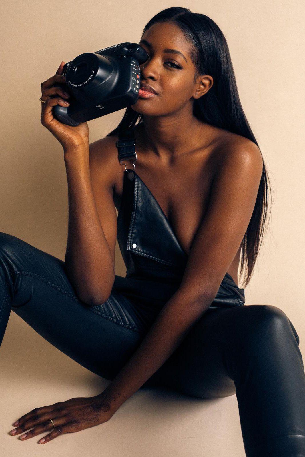 shit-video-models-black