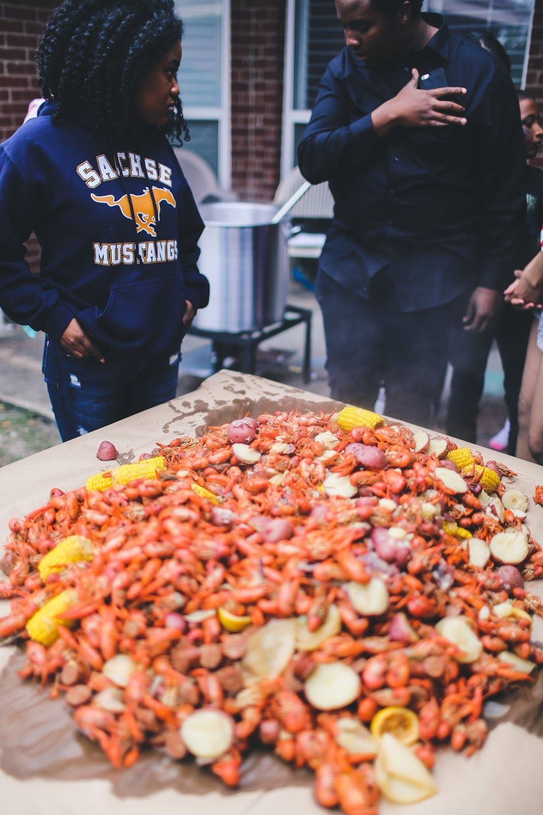 How to host a louisiana style crawfish boil 12 easy steps