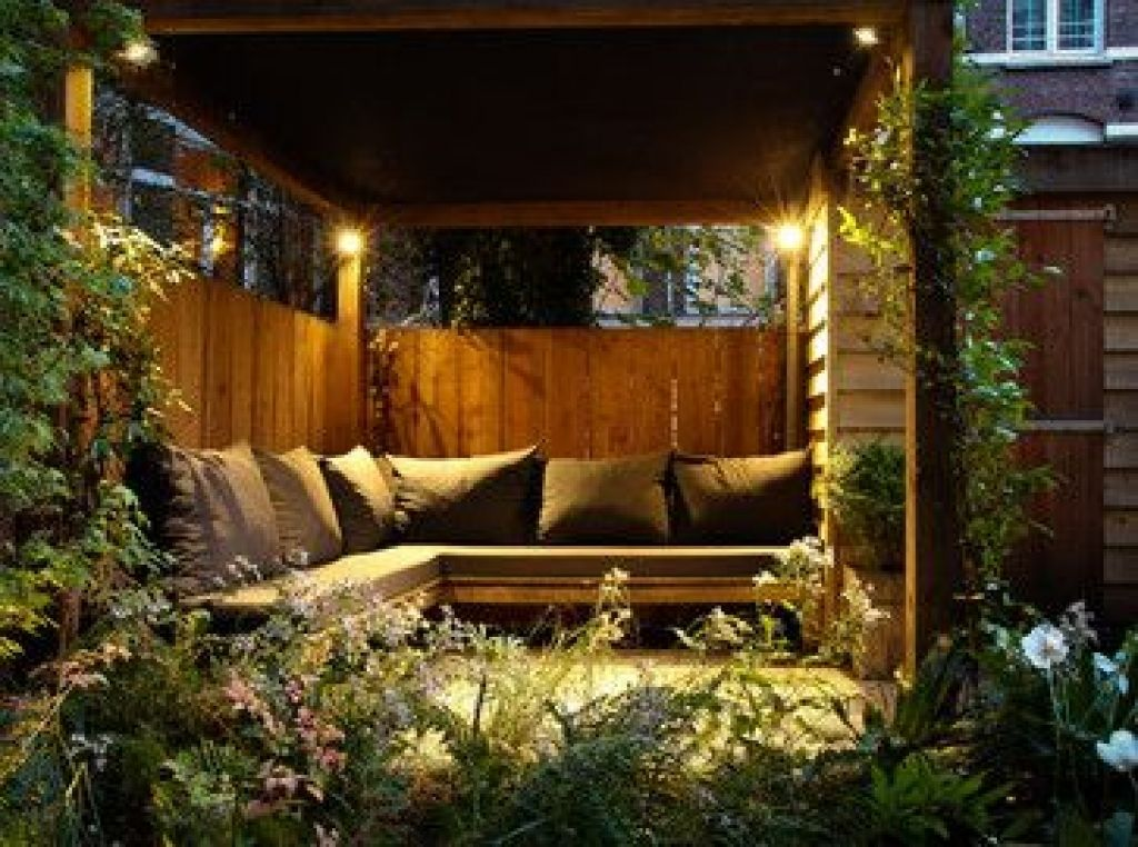garden seating areas ideas