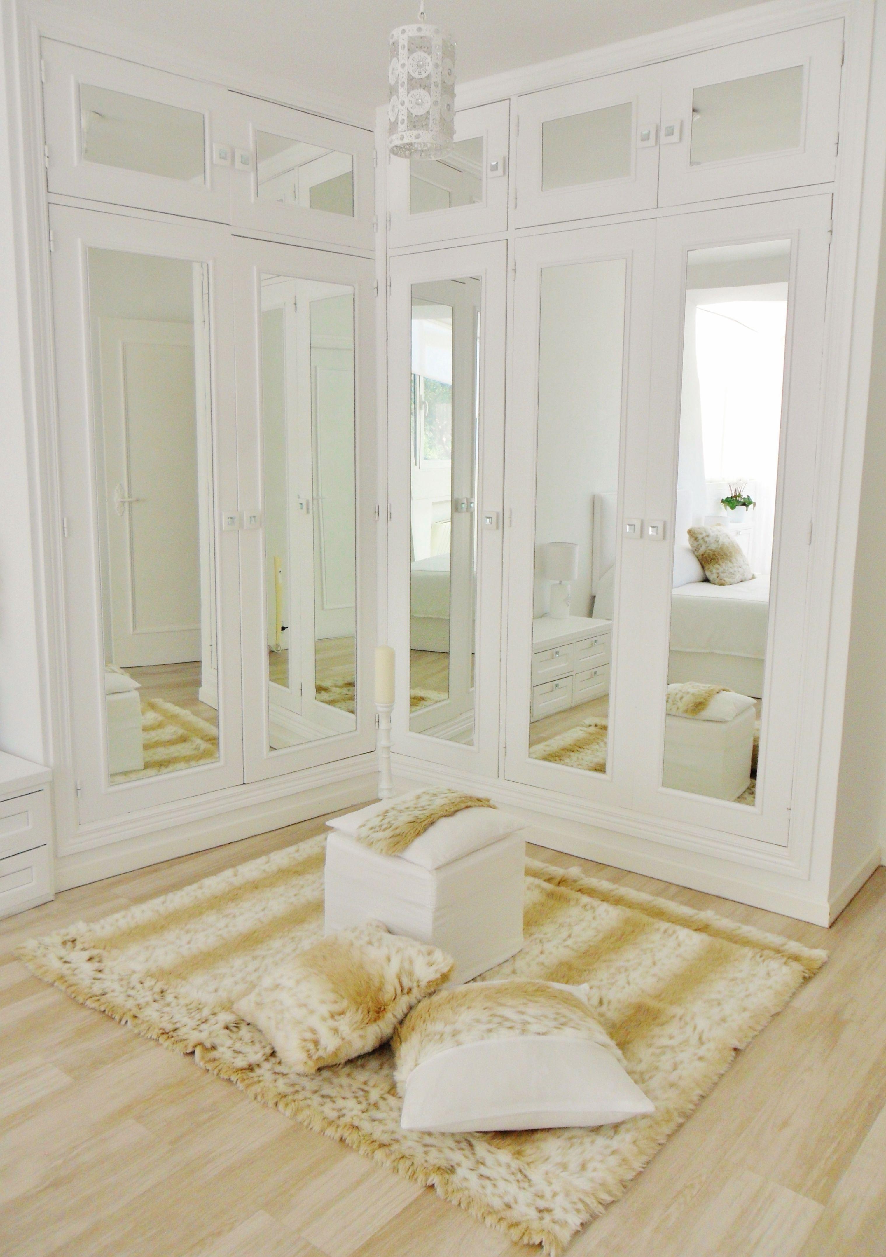 Lacado blanco frente armarios y colocaci n de espejos - Armarios lacados en blanco ...