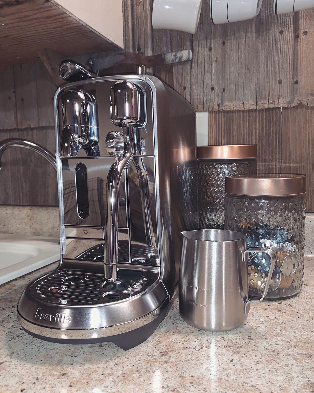H o c u s  P o c u s ????✨ I need ESPRESSO to focus ☕️???? // So happy that I can get my caffeine fix at home now- much needed before work!???????? • • • • • • •  nespresso  nespressocreatista  creatistaplus  creatista  exbarista  espresso  latte  nurse  nursesofinsta  instanurse  lpn  travelnurse  travelingnurse  nespressomoments  nurselife #espressoathome