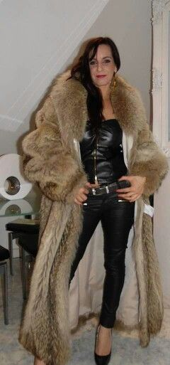 A fur smoking holder mistress 1 7