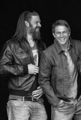 Two Of The Reasons Why I Watch Soa Love These Two Sons Of Anarchy Ryan Hurst Celebrities