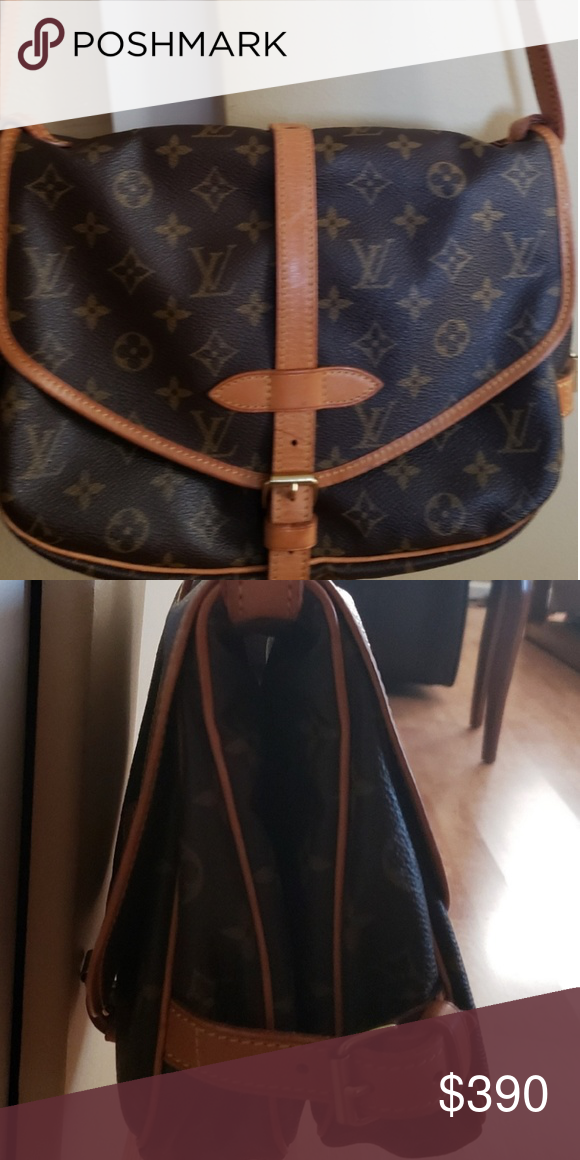 Authentic Louie Vuitton Saumur 35 Purchased In Japan Slightly Used Looks Like New Louis Vuitton Bags Shoulder Bags Louie Vuitton Vuitton Clothes Design