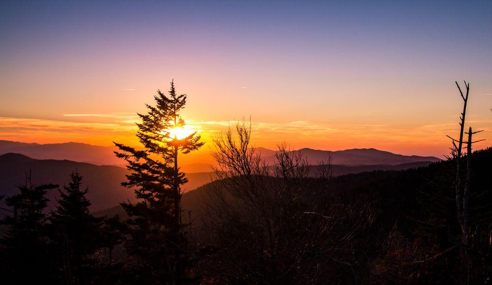 smoky mountain sunrises makes us happy smoky mountain sunrises rh pinterest co uk