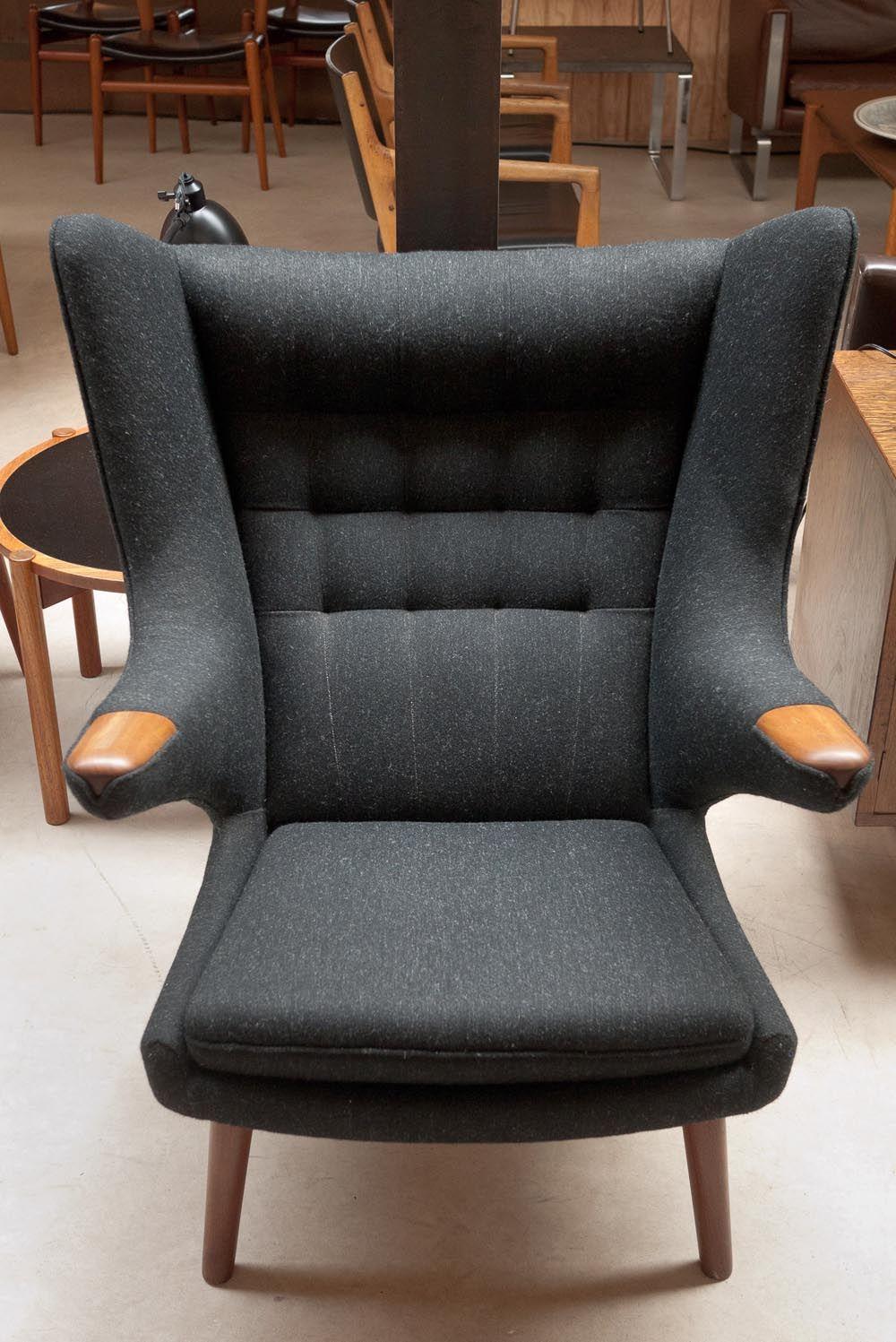 Hans Wegner - Papa bear chair