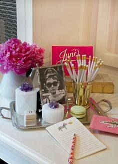 Gorgeous, chic, romantic, stylish, pink.