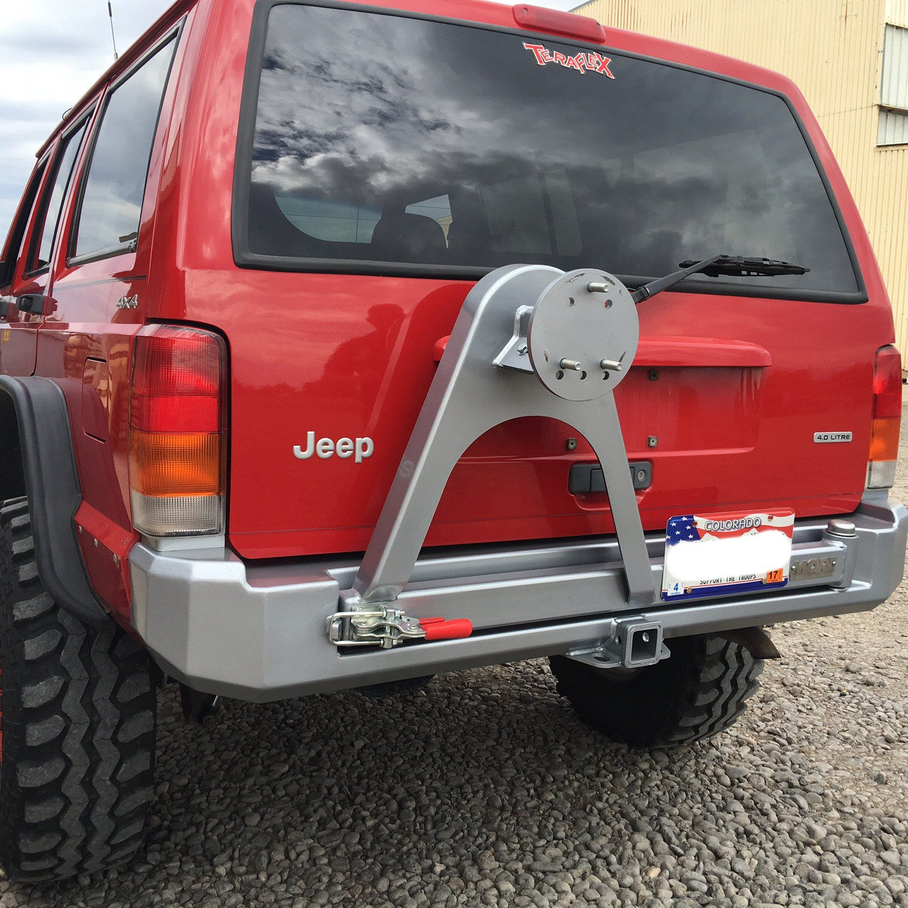 Rock Proof Rear Bumper With Tire Carrier 84 01 Xj Jeep Xj