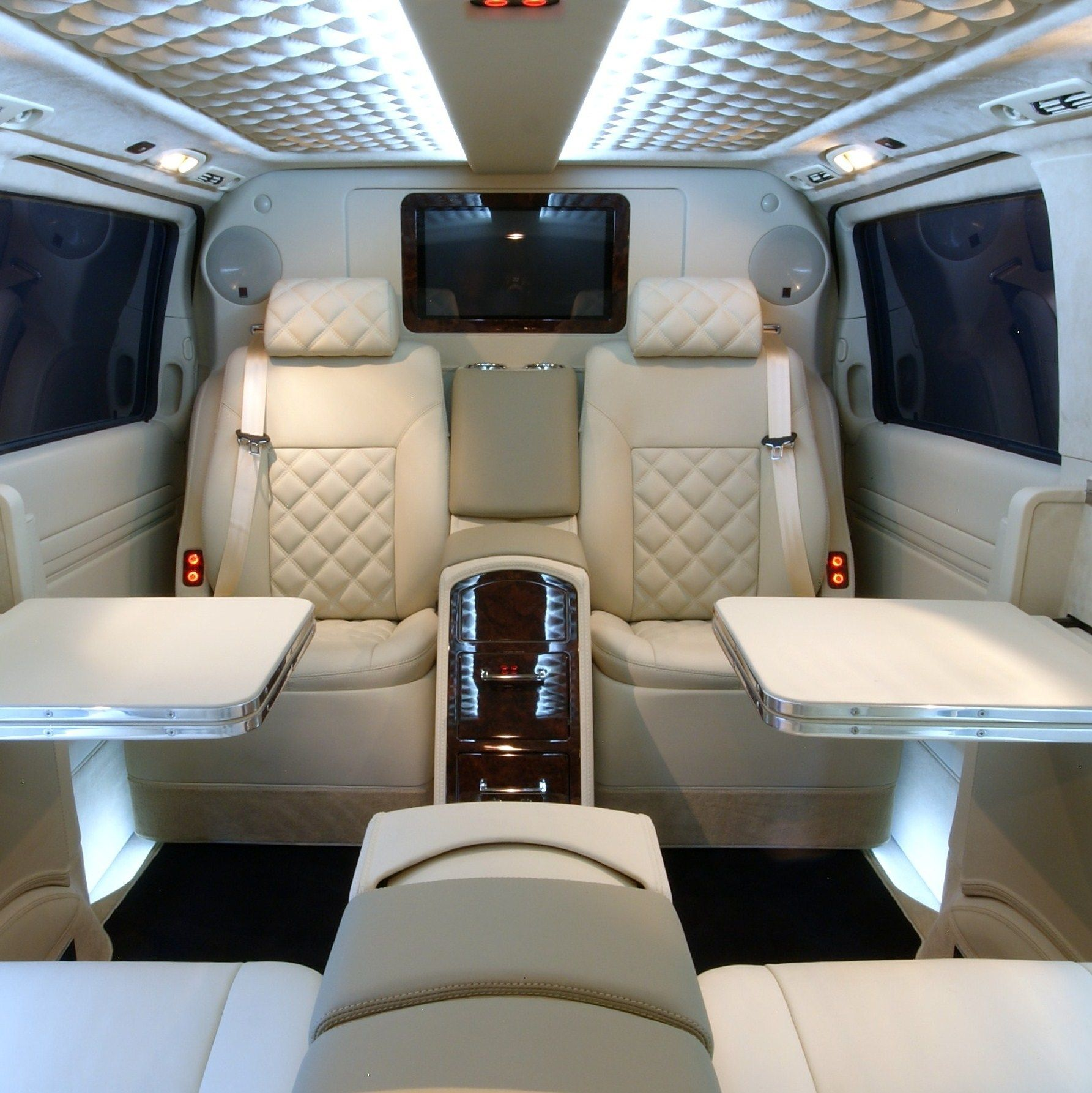 13 Mercedes Benz Viano Luxury Private Helicopter