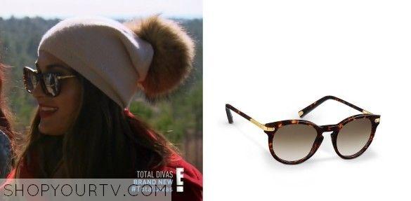 Nikkis Glasses